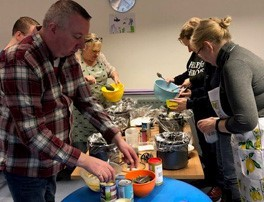Pop up hubs show benefits of slow cookers